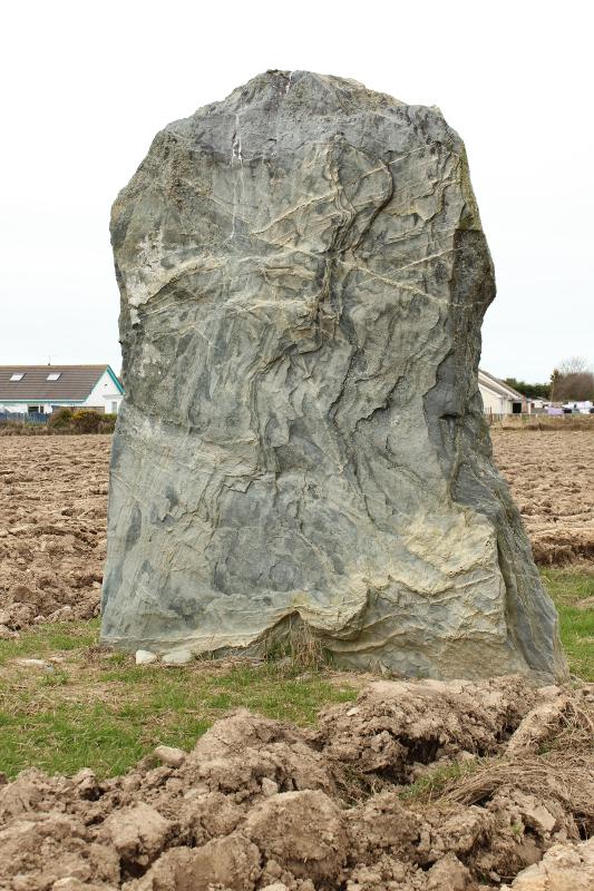 Baron Hill Maen Hir, Llanfechell